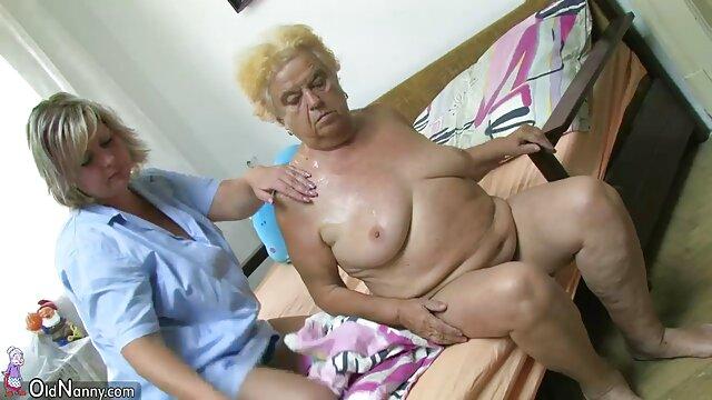 Modell harisnya megható csikló, apa lánya sex videók miközben Vibrátor Punci