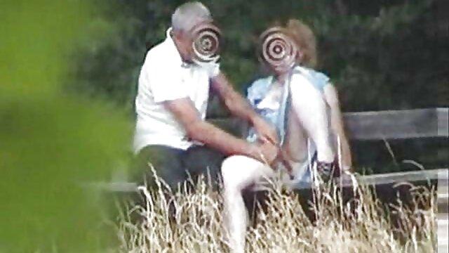 Szerető teszi Rabszolga szaga szexvideoingyen kötve, láb harisnya
