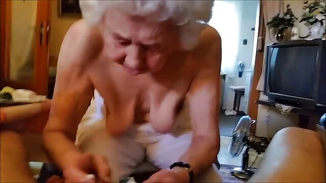 Nyalogatja csizma harisnya ingyen porno xnxx Veronica Saint